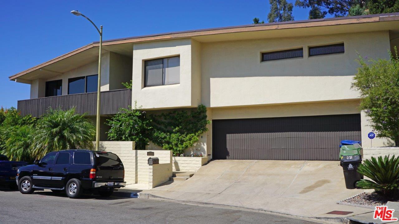 Photo of 1461 LAUREL Way, Beverly Hills, CA 90210