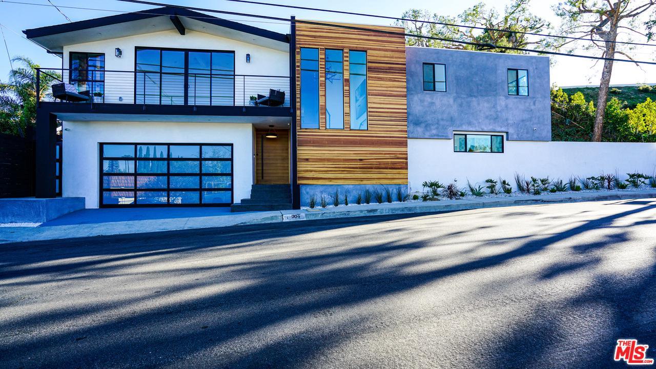 Photo of 17004 OAK VIEW Drive, Encino, CA 91436