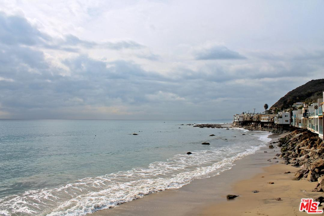 20538 PACIFIC COAST Highway - Malibu Beach, California