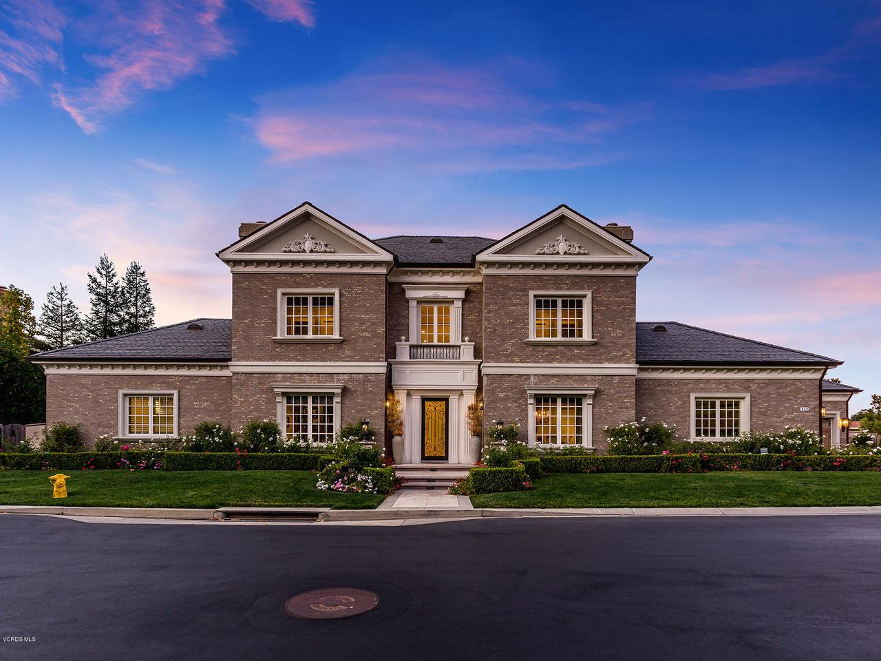 Photo of 868 West STAFFORD Road, Thousand Oaks, CA 91361