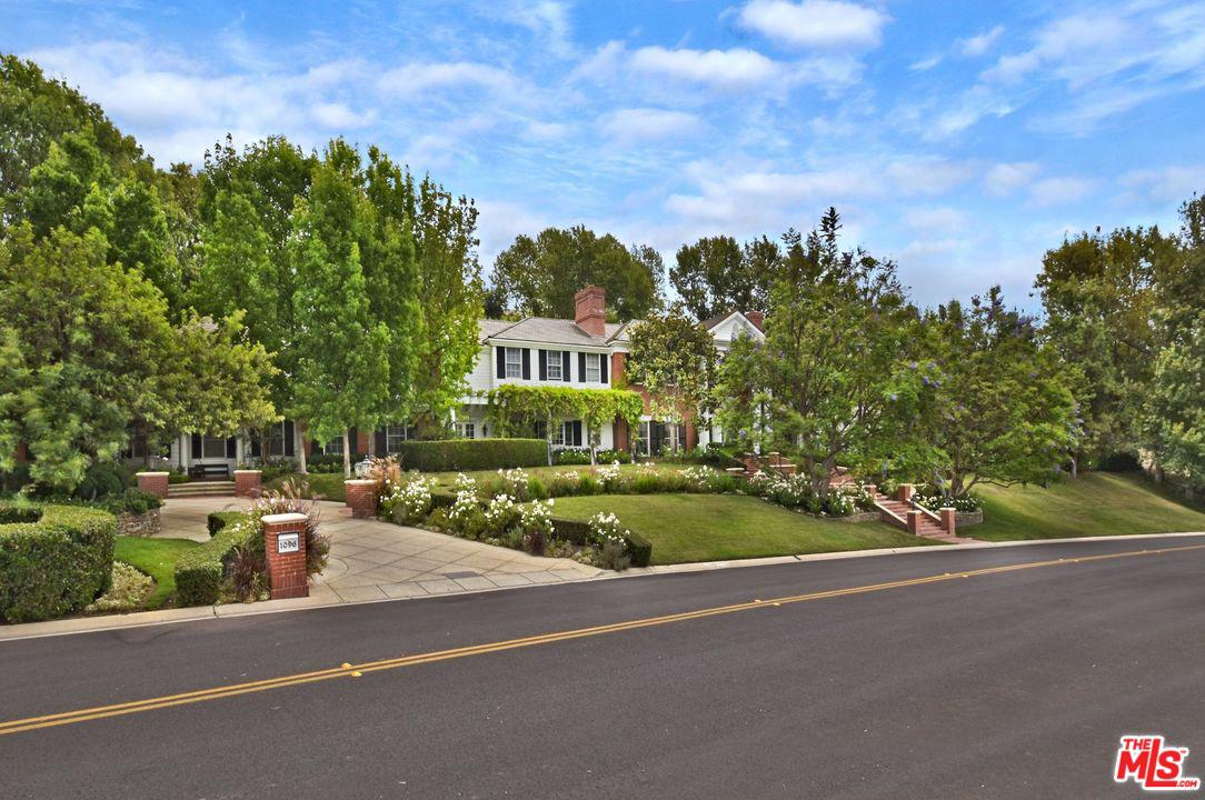Photo of 1096 LAKEVIEW CANYON Road, Westlake Village, CA 91362