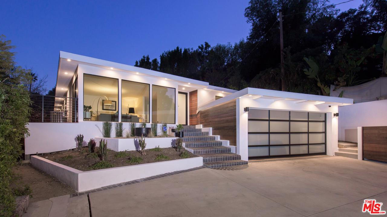 3901 VENTURA CANYON Avenue - Sherman Oaks, California