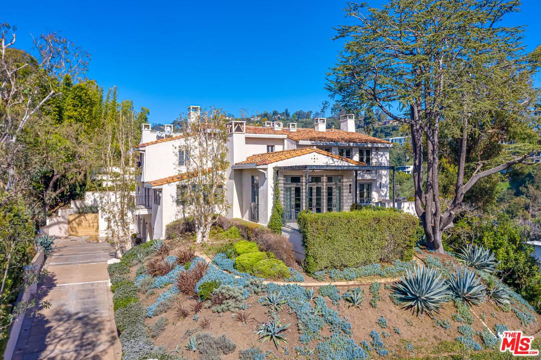 Photo of 1235 TOWER Road, Beverly Hills, CA 90210