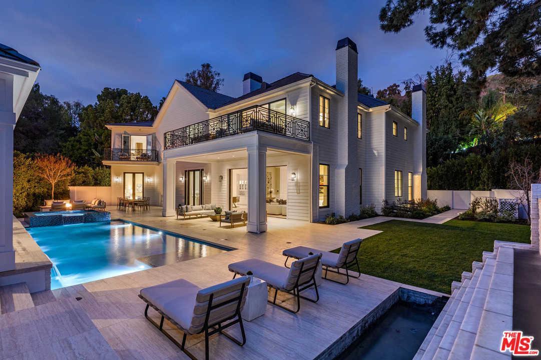 Photo of 9520 HIDDEN VALLEY Road, Beverly Hills, CA 90210