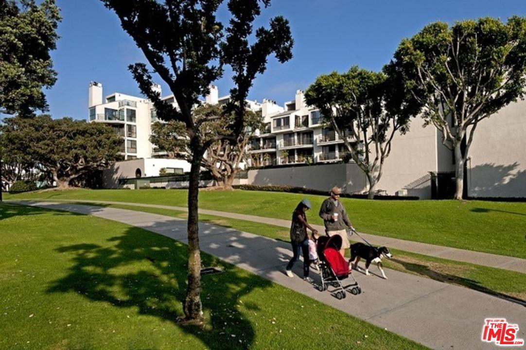 Photo of 2920 NEILSON Way #305, Santa Monica, CA 90405