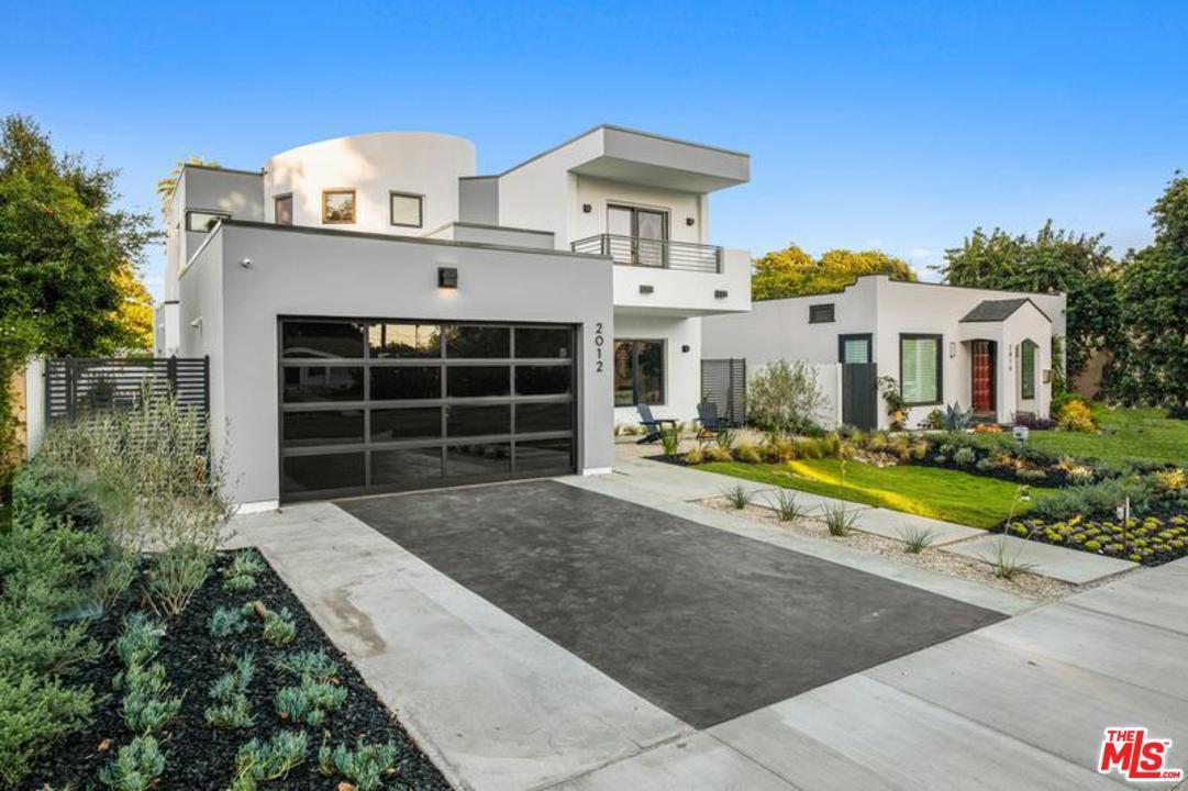 Photo of 2012 VETERAN Avenue, Los Angeles, CA 90025