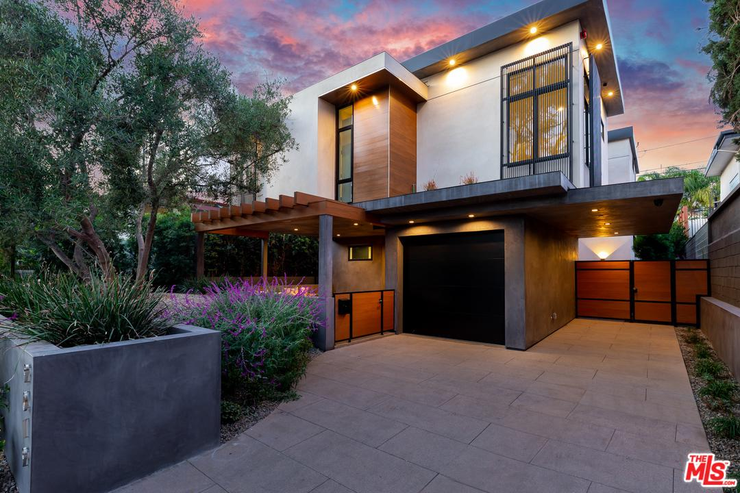 Photo of 9019 ELEVADO, West Hollywood, CA 90069