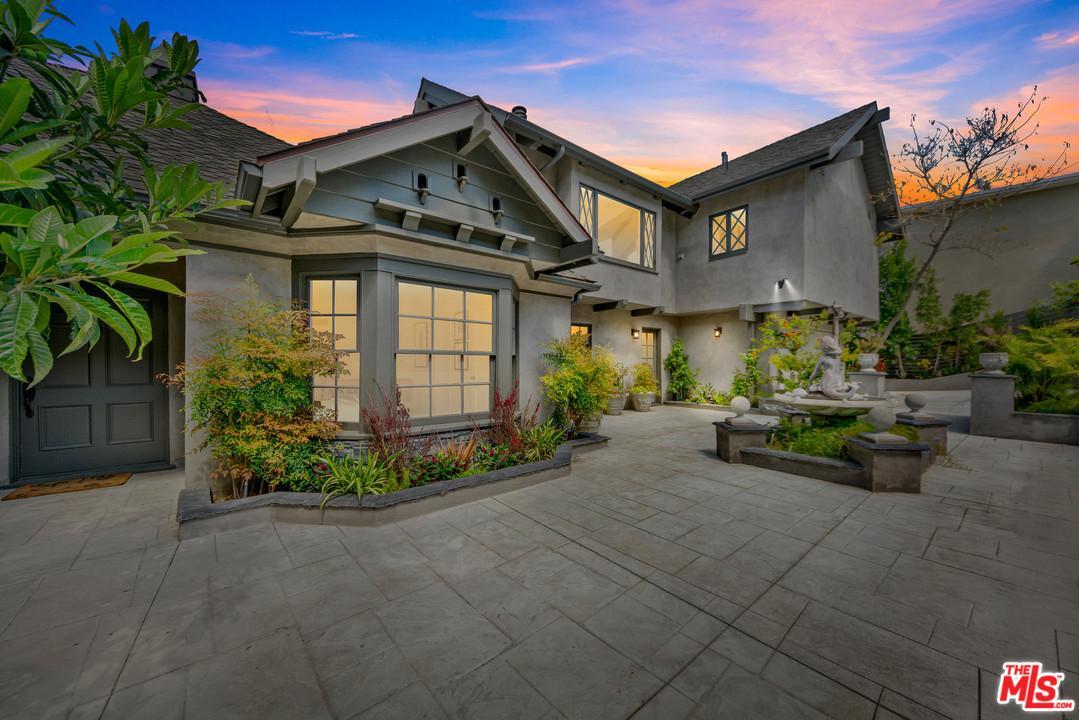 Photo of 3772 BERRY Drive, Studio City, CA 91604