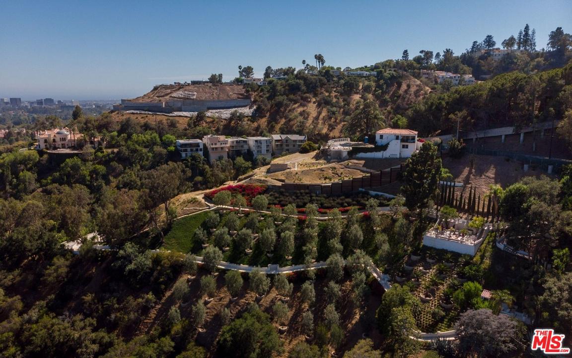 Photo of 1436 BELLA Drive, Beverly Hills, CA 90210