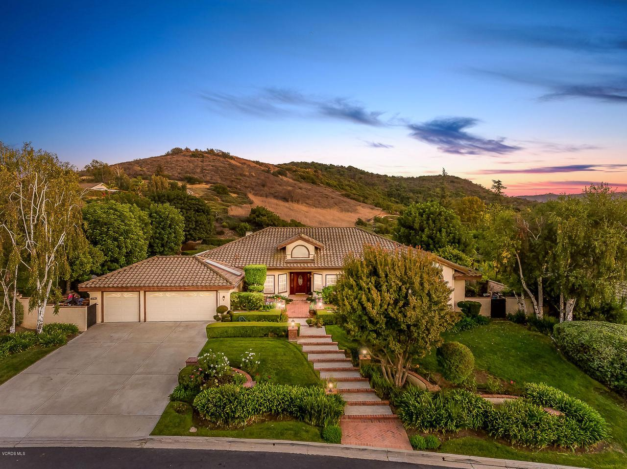 Photo of 2354 WATERTOWN Court, Thousand Oaks, CA 91360