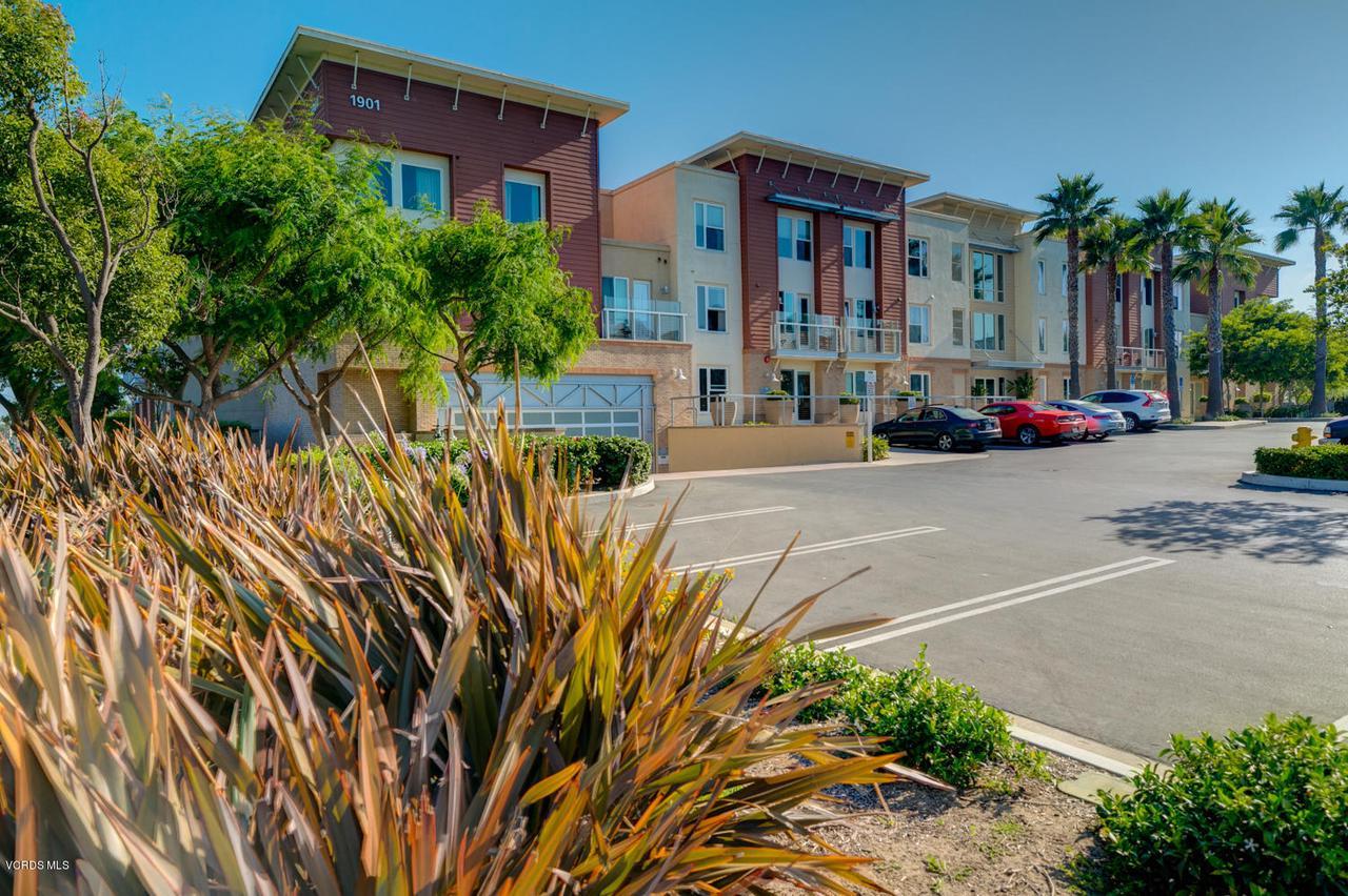 Photo of 1901 VICTORIA Avenue #306, Oxnard, CA 93035