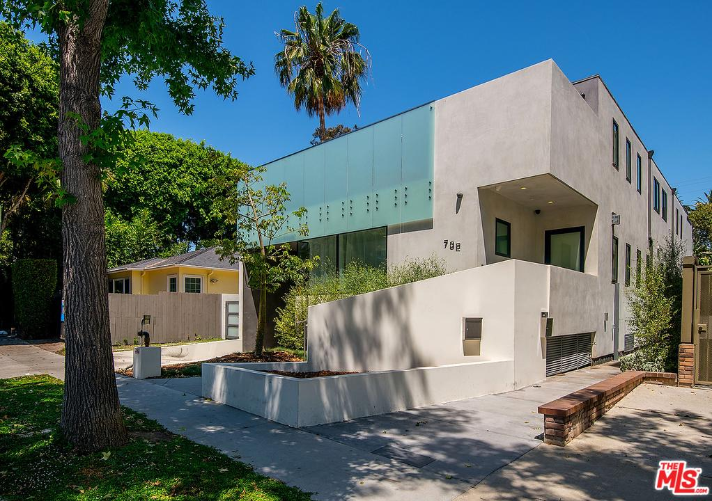 Photo of 732 North HUNTLEY Drive, West Hollywood, CA 90069