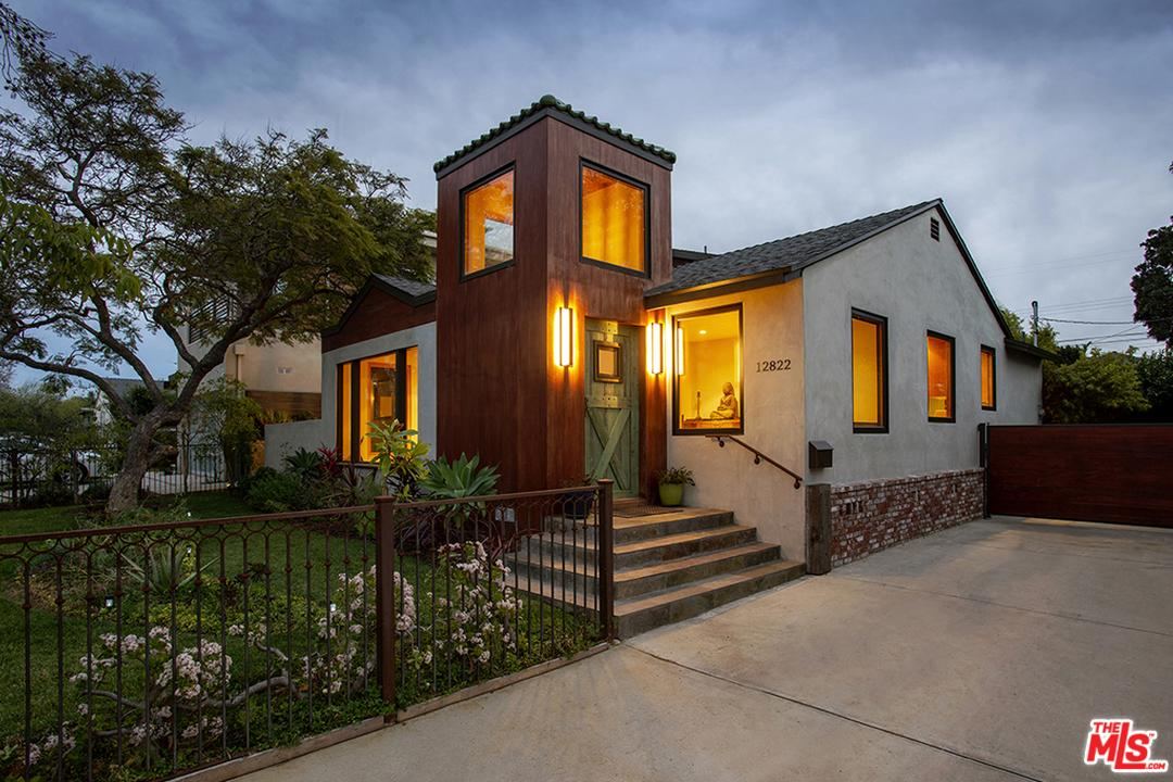 Photo of 12822 STANWOOD Drive, Los Angeles, CA 90066