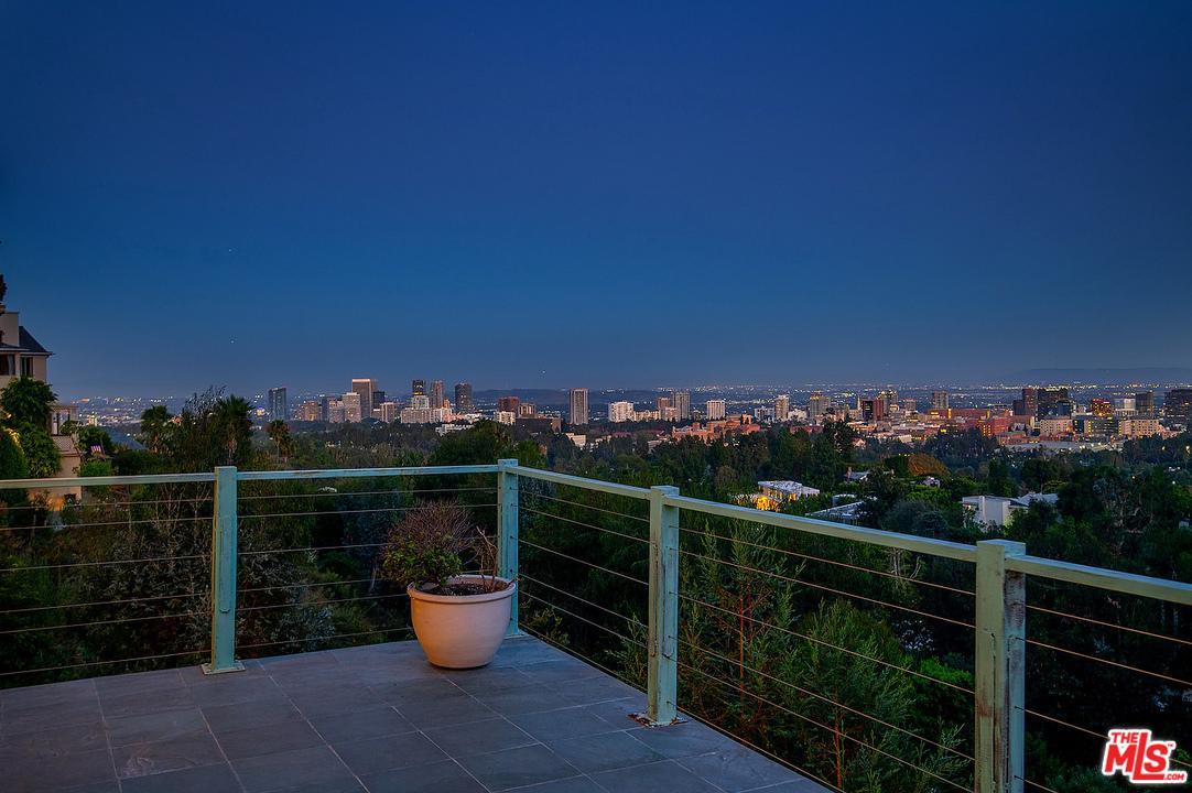 Photo of 750 SARBONNE Road, Los Angeles, CA 90077