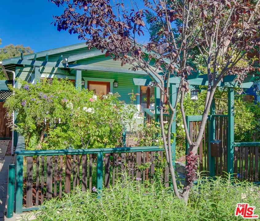 Photo of 823 SUPERBA Avenue, Venice, CA 90291