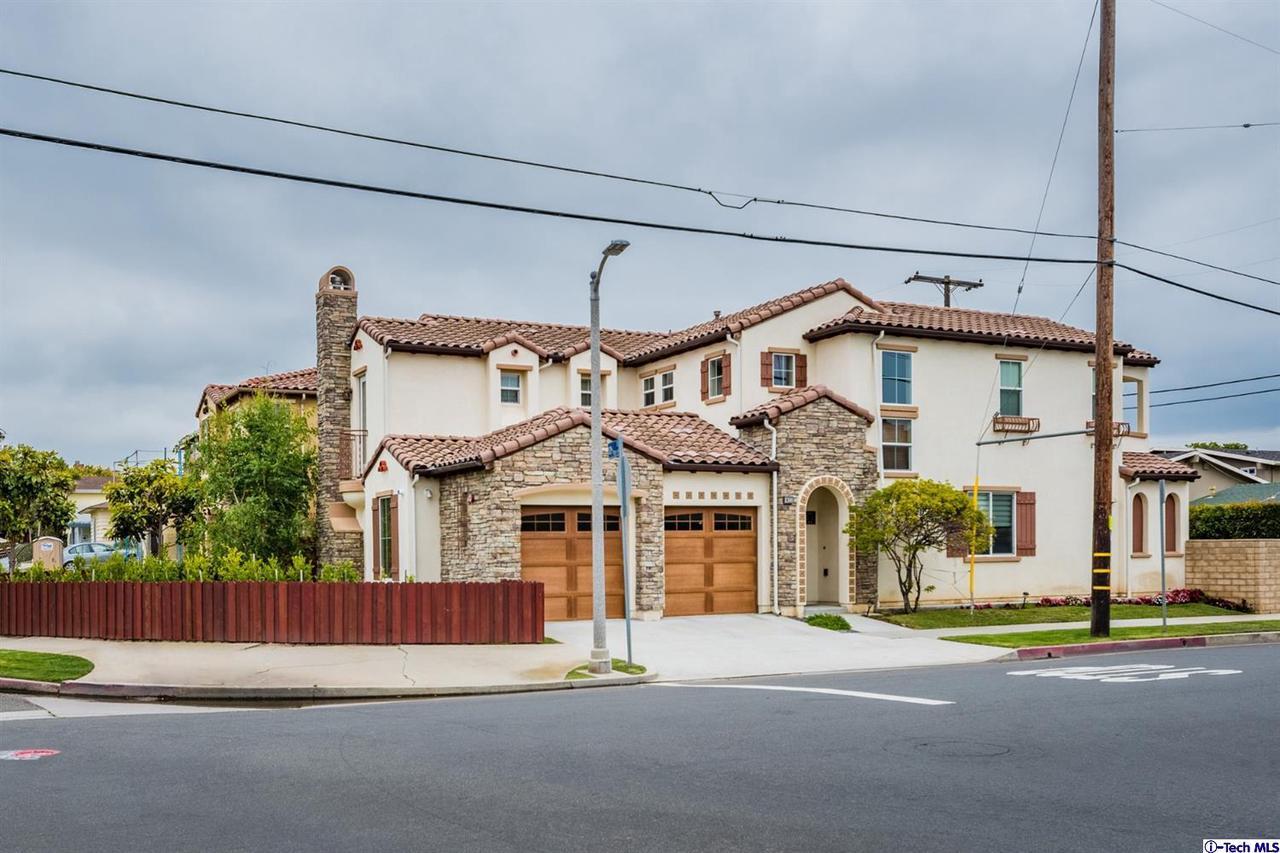 Photo of 8300 SARAN Drive, Playa Del Rey, CA 90293