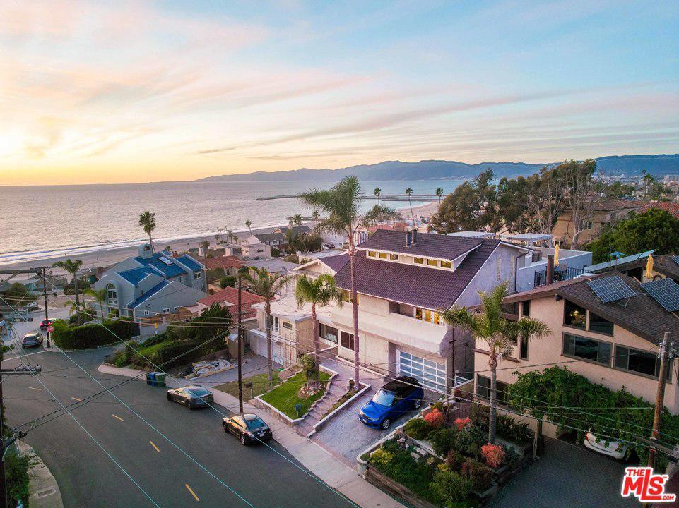 Photo of 265 REDLANDS Street, Playa Del Rey, CA 90293