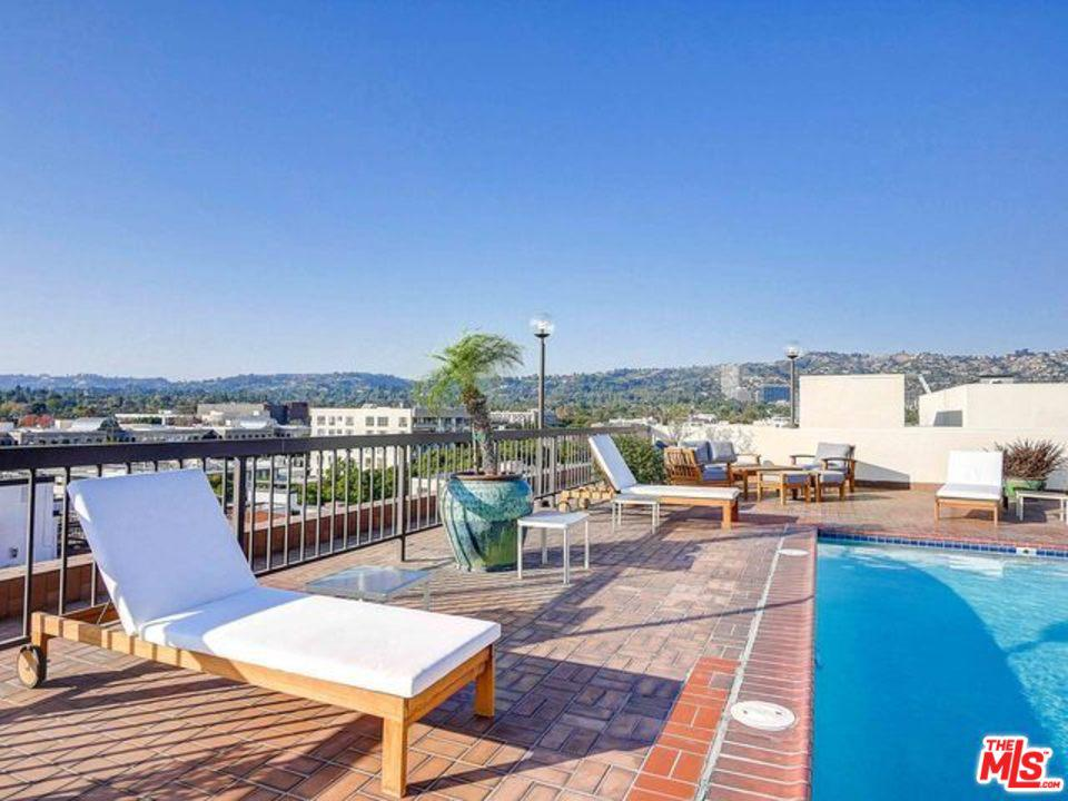Photo of 325 North OAKHURST Drive #201, Beverly Hills, CA 90210