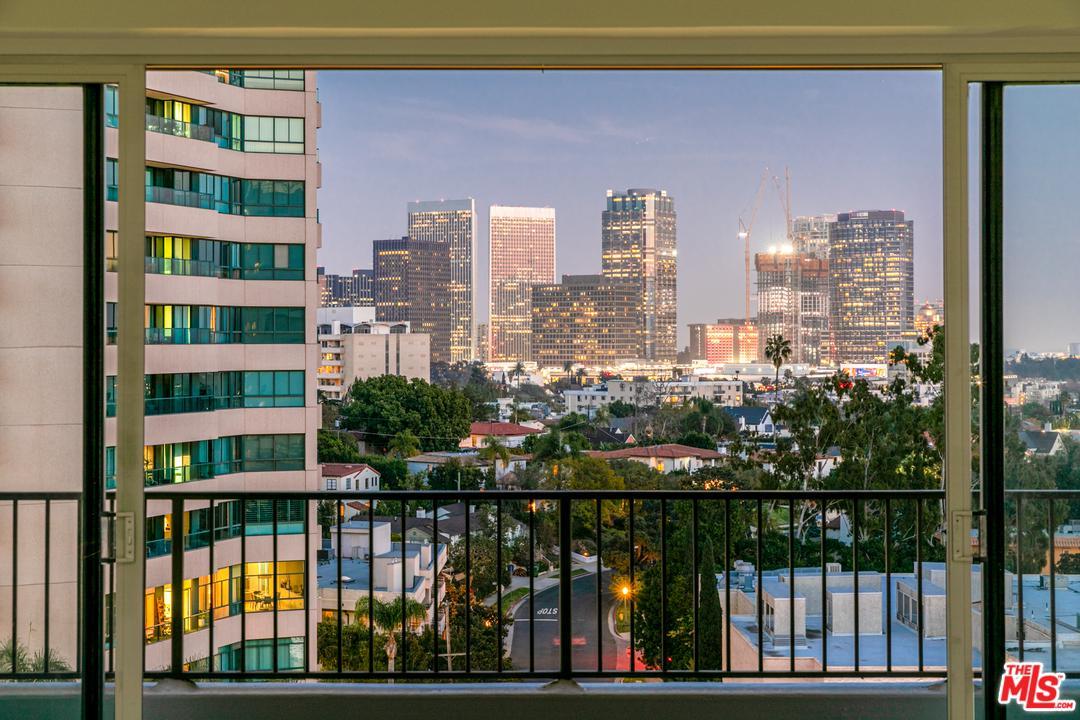 Photo of 10501 WILSHIRE #1006, Los Angeles, CA 90024