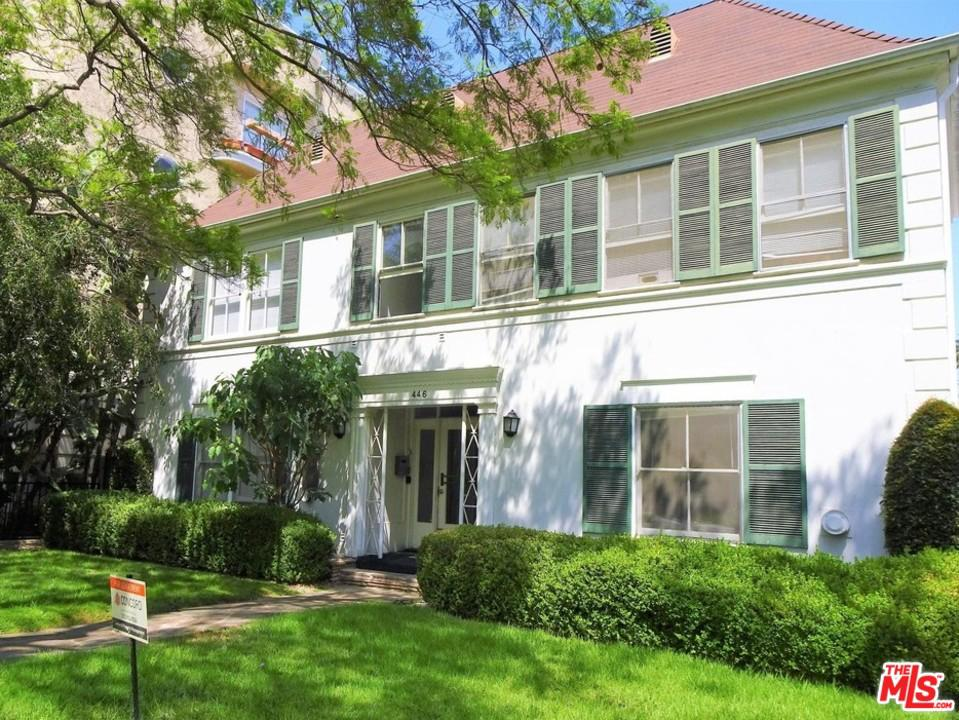 Photo of 446 North OAKHURST Drive #201, Beverly Hills, CA 90210