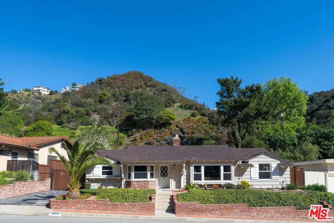Photo of 1808 ROSCOMARE Road, Los Angeles, CA 90077