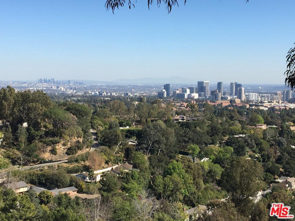 Photo of 860 LINDA FLORA Drive, Los Angeles, CA 90049