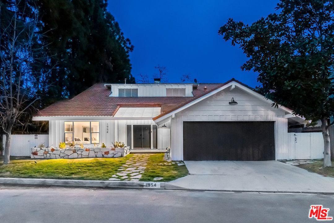 Photo of 1954 LINDA FLORA Drive, Los Angeles, CA 90077