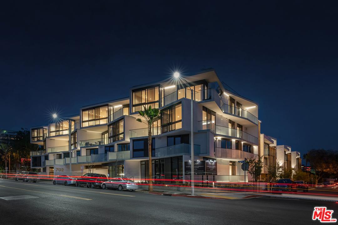 Photo of 702 North DOHENY Drive #103, West Hollywood, CA 90069