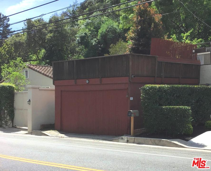Photo of 905 North BEVERLY GLEN, Los Angeles, CA 90077