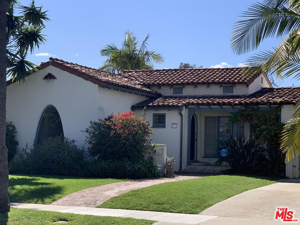 Photo of 211 South CARSON Road, Beverly Hills, CA 90211