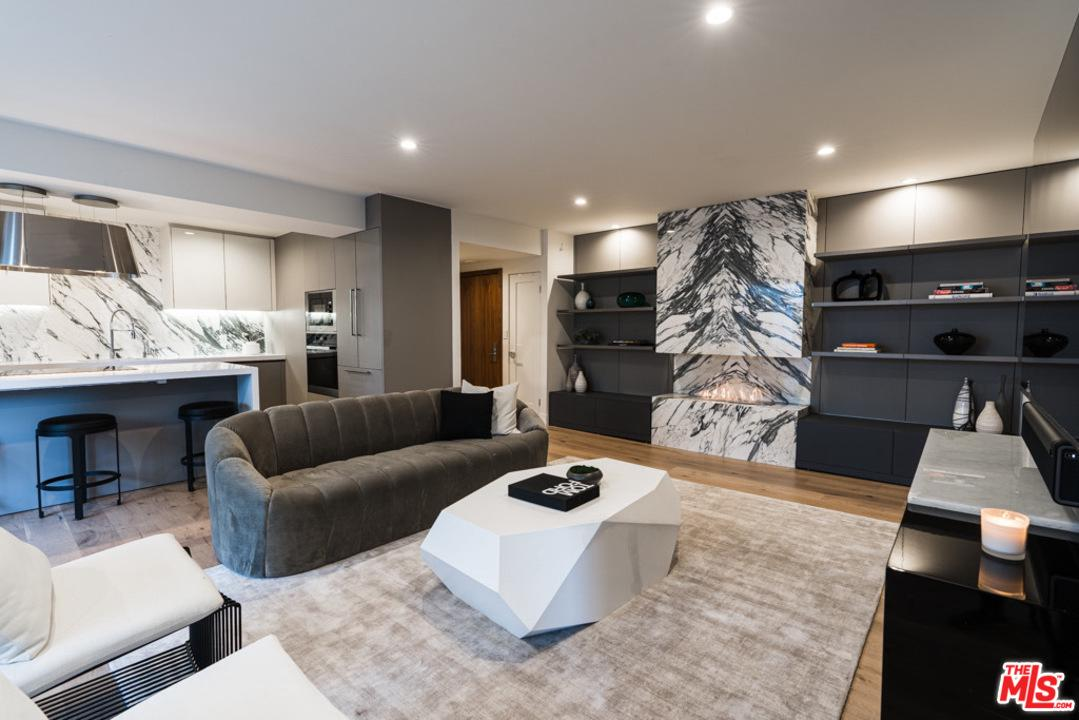 Photo of 838 North DOHENY Drive #306, West Hollywood, CA 90069