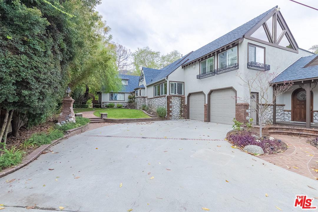 Photo of 5024 HILL Street, La Canada Flintridge, CA 91011