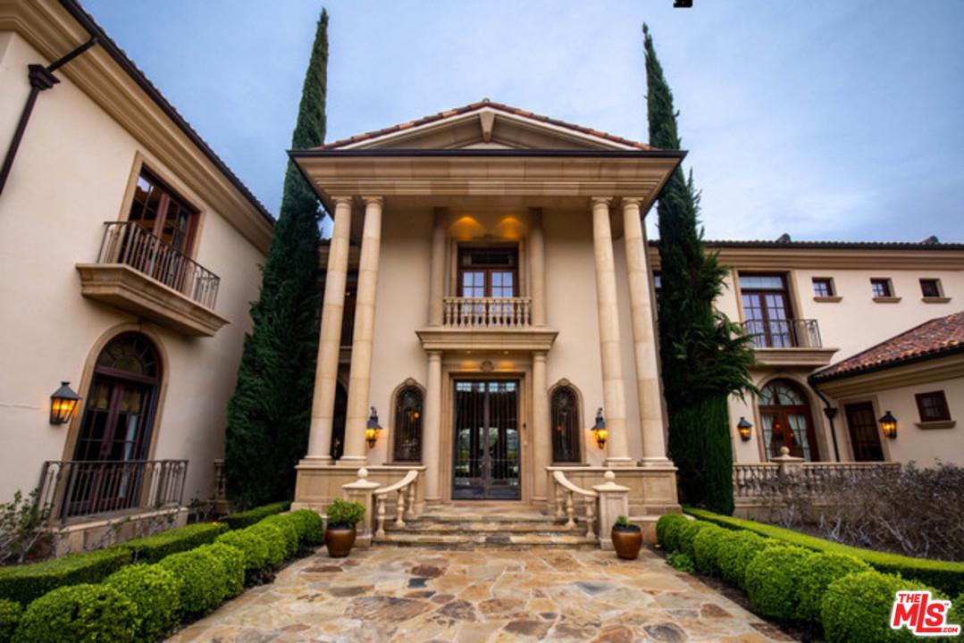 Photo of 2374 EARLS Court, Los Angeles, CA 90077