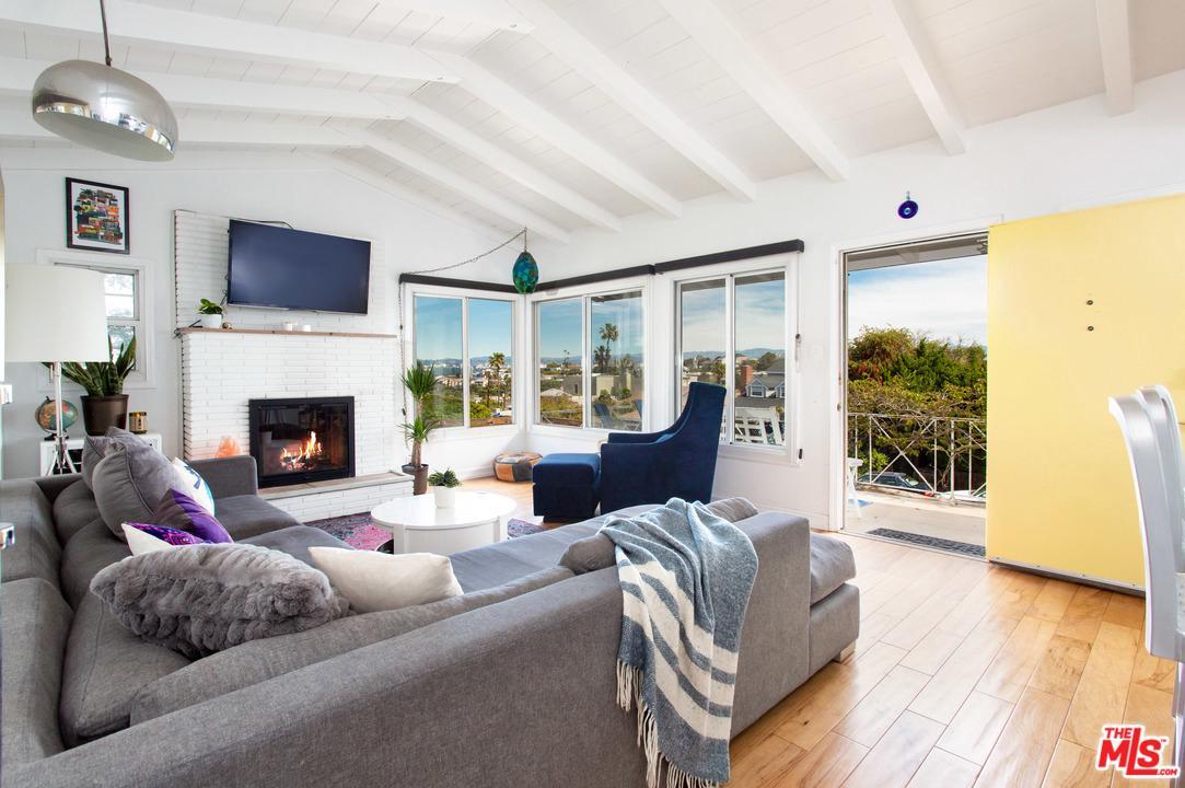 Photo of 7319 EARLDOM AVENUE, Playa Del Rey, CA 90293